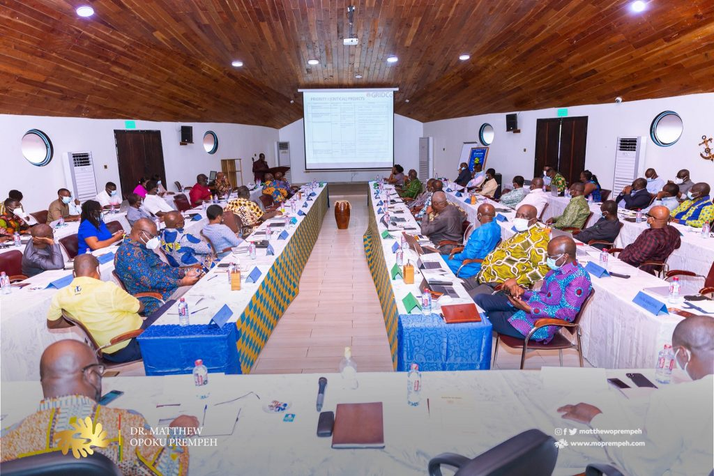 Energy Crisis: Minister Meets with Gurus in the Energy Sector