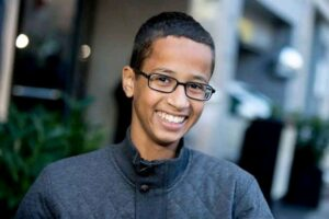 14 year-old Sudanese Arrested for Building a Clock in Texas, USA